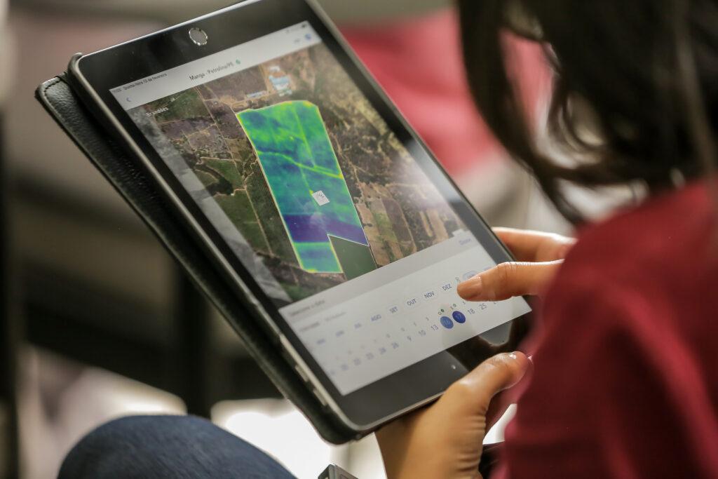 tablet monitoramento agrícola